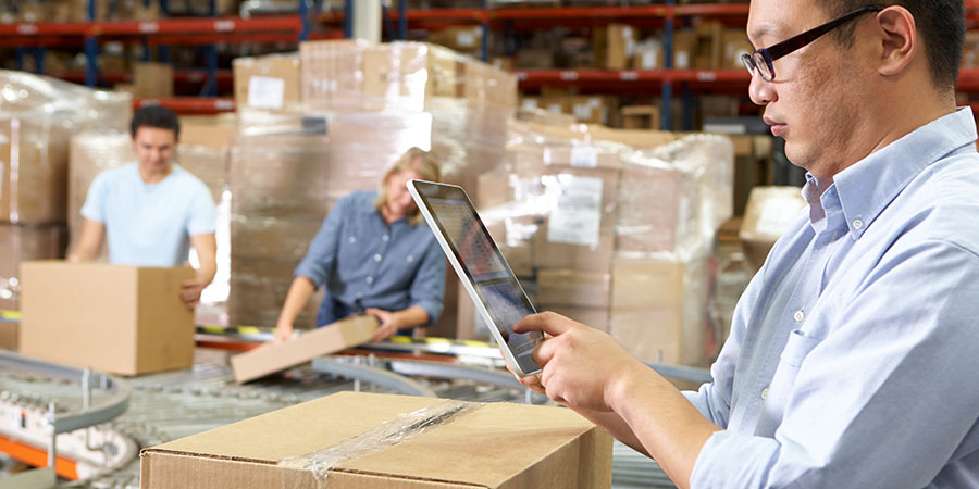 4 Ways an Automatic Labeling Machine Can Streamline Order Fulfillment